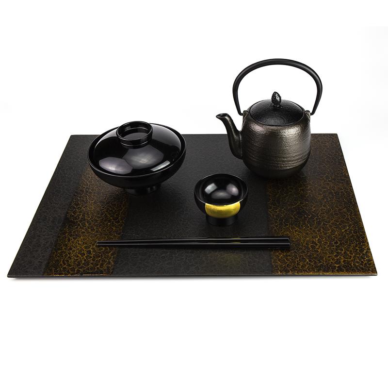 越前漆器 和紙張り板膳 溜 使用例
